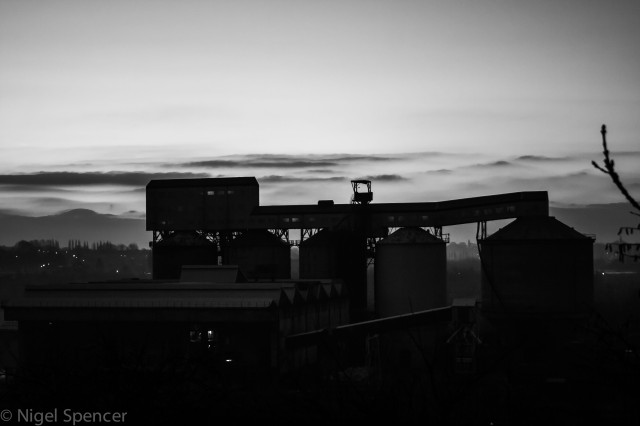 Black and white mill